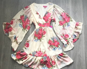 Betsey Johnson Ivory Floral Kimono Mini Dress 6