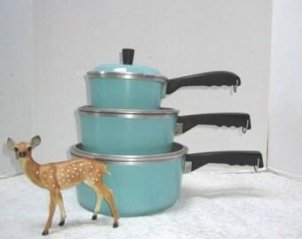 REDUCED Vintage Club Pans 6 Piece Set, Aqua Turquoise Sauce Pans w/  Lids, Clean, Retro Kitchen Cooking Pots + Pans Heavy Duty Camping