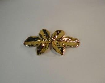 1980s Gold tone Metal Leaf shaped  Belt Buckle. 2 Pieces Buckle