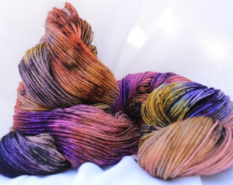 hand painted super wash merino speckled sock yarn fingering weight