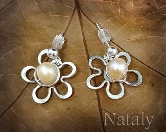 Pearl Stud Earrings, Pearl Earrings, Flower Earrings, Sterling Silver Wire Wrapped Minimal Earrings, Stud Earrings Dainty Earrings for Women