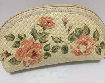 Handmade hand woven ethnic zipper make up pouch - rose flowers decoupage - woman cosmetic hand bag clutch - beige pink green purse