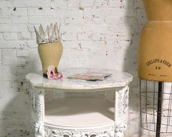 Painted Cottage Chic Shabby Round Marble Top Side / End Table ENT148