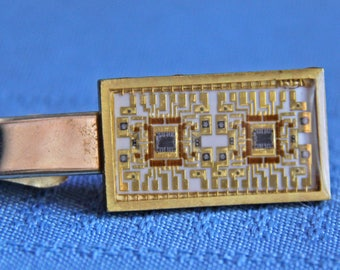 Computer or Software Chip Tie Clip, Clasp - Robbins Co. Attleboro - handsome and fun, wonderful vintage condition