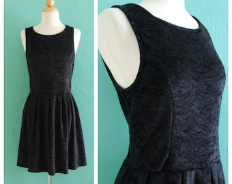 vintage 90's velvet mini dress ~ small medium