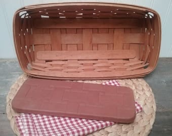 Longaberger Bread Basket with Oven Brick Beautiful Set of two Quality Longaberger Baskets for Family Gatherings and Parties
