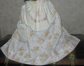 Apron with vintage butterfly embroidery art to wear apron