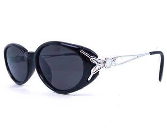 vintage 90s oval sunglasses silver metal frame black plastic sun glasses eyewear modern oval detailed design decorated stylish trendy 117