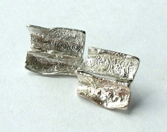 Reticulated sterling silver earrings, hallmarked in Edinburgh