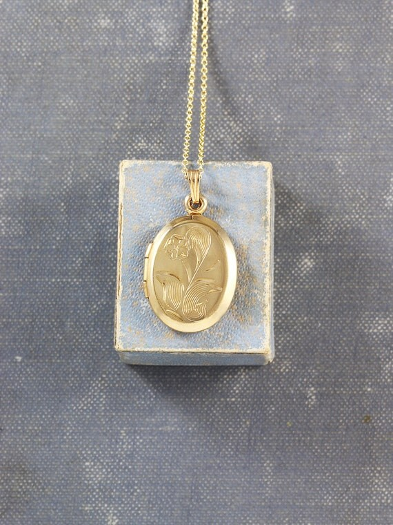 Gold Filled Locket Necklace, Vintage Small Oval Floral Engraved Photol Pendant - Lovely to Look At