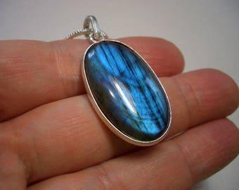 Beautiful electric blue Labradorite pendant, silver necklace, Labradorite necklace, oval, blue flash labradorite pendant, natural gemstone