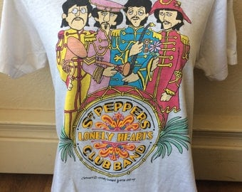 Authentic vintage Sgt. Peppers Lonely Hearts The Beatles Apple Corp t shirt womens size small 1987