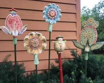 Garden stakes/flower stakes/garden sculpture/garden decorations/garden flower stakes