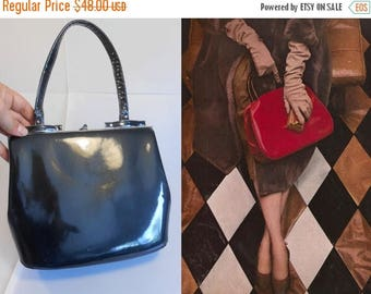 Clearance 60% Off No Charcoals in Her Stocking - Vintage 1950s Charcoal Grey Gray Patent Leather Handbag