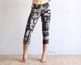 Gray Leggings - Organic Cotton Leggings - Cropped Leggings - Yoga Pants - Capri Leggings - Printed Leggings - Best Leggings - Eco Friendly