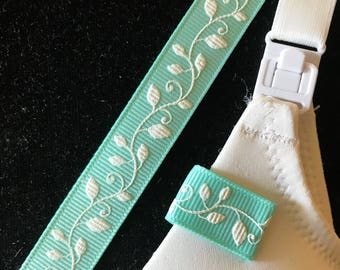 Mammary Minders Nursing Reminder in turquoise with white vine (D8)