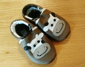 Baby shoes, brown leather with cows, Holstein size 5/ 12-18 months, soft soled moccasins