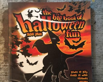 The Big Book of Halloween Fun by Susie Johns