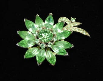 Spring Green Rhinestone Flower Brooch - Signed Weiss - Pave Set Faceted Marquis & Chatons - Daisy Flower Pin Vintage 1950's 1960's