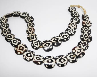 Vintage African Trade Beads - Brown / Black and White - Dots and Diamonds - Abstract Tribal Beaded Chain - Flat Oval Shaped - Vintage 1960's