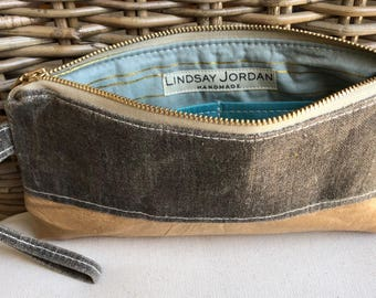 Dark GRAY LINEN & natural/tan colored sheepskin LEATHER  wristlet pouch: icy blue teal pockets | gold and light blue striped lining