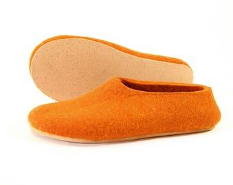 Wool shoes for Women slippers Boiled wool slippers, handmade shoes, felted wool slippers, Warm house slippers, Pumpkin slippers booties Cork