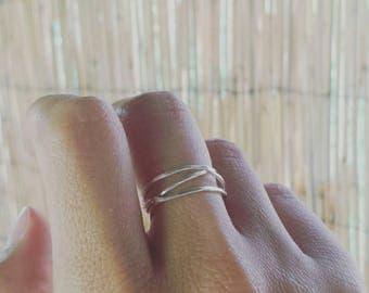 Silver Wrap Ring, Sterling Silver Wraparound Ring, Delicate Ring Band, Triple Coil Ring, Stacking Ring, Wrapped Silver Ring, Minimalist Ring
