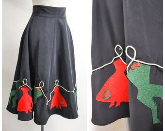 1940s Novelty dancing couples red & green felt appliqué skirt / 40s 50s black faille taffeta dancer novelty print - XS S