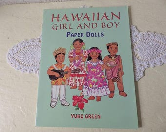 Paper Doll Booklet: Hawaiian Girl and Boy by Yuko Green, 1997. New Condition