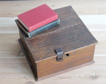Vintage Wood Box Jewelry Box Woman Gift Suggestion Box Indian Merchant Chest