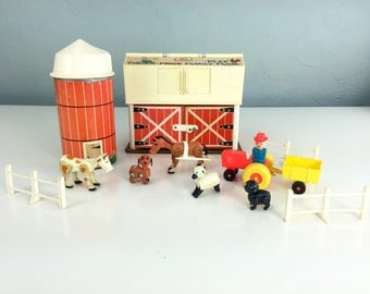 Fisher Price Play Family Farm 1967, Vintage 1960s Toy Farm, Red Barn Toy, Barnyard Dollhouse