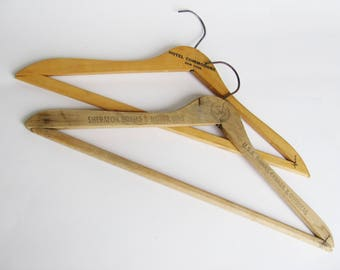 Vintage Clothes Hangers Hotel Commodore New York Sheraton Hotel & Motor Court Wooden Hanger Adveritsement l