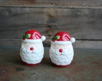 SUPER SALE - Vintage Santa Salt & Pepper Shakers- Christmas Salt and Pepper