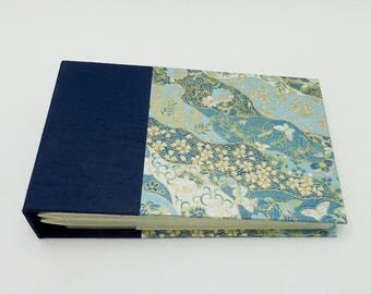 Beautiful Butterflies Mini Photo Album - in stock for 4x6 photos