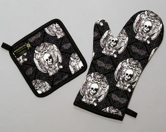 Gothic Skulls Damask Oven Mitt and Pot Holder, Sets and Singles, Black and White with Black and Gray Bats