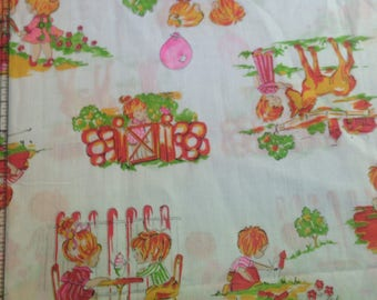 Kids Playing - Vintage 70's Fabric-31""