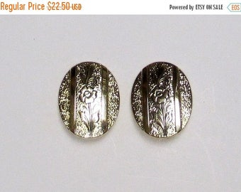 25% Off Vintage Art Nouveau Whiting Davis Gold Plated Clip Earrings