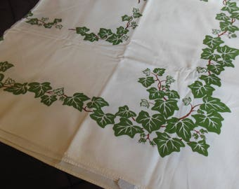Ivy Print in Green Tablecloth By California Handprint