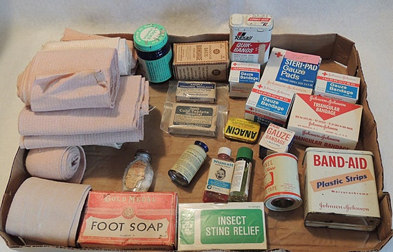 25 Piece Lot Vintage First Aid Medical Supplies.. Advertising, Boxes, Tins, Bandages