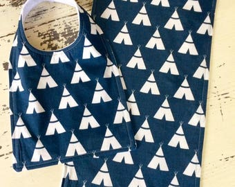 Modern Teepee Baby Bib and Burp Cloth Set, Navy and White, Baby Gift, Teepee Baby Item