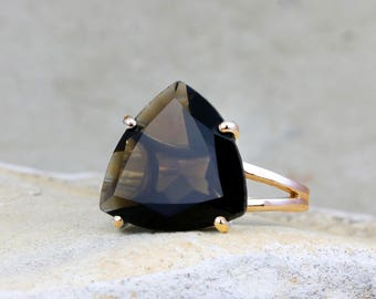 SUMMER SALE - Smoky quartz ring,rose gold ring,gold filled ring,solid gold ring,cocktail ring,statement ring,trillion ring