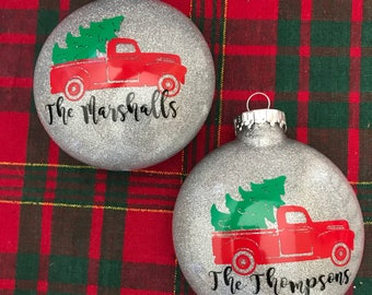 Red truck Christmas Tree Ornament|red truck|christmas truck|ornament|christmas ornament|little red truck|truck ornament