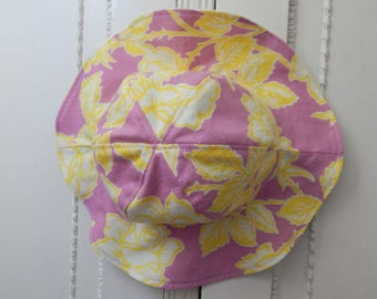 Pink Baby Sun Hat in Size 6 to 12 Month With Chin Strap
