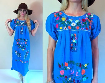 vintage 70s Bright Blue MEXICAN colorful Birds EMBROIDERED DRESS Medium ethnic boho hippie festival bright