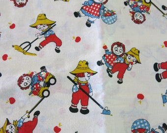 Childrens Cotton Fabric Ragedy Ann and Andy 2 1/3 Yards 738b