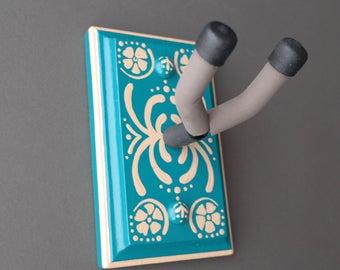 Instrument Wall Hanger Hook for Ukulele, Fiddle, Mandolin, Violin or Guitar - Ready to Ship - Nouveau