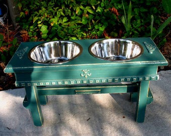 Green Distressed Elevated Dog Feeder, Raised Dog bowl, Dog Dish, Raised Dog Feeder, Distressed Rustic Feeder, Shabby Chic, Made To Order
