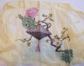 Vintage Apron Sue Sets New York yellow linen Chinese Lantern Appliqué