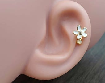 White Daisy Flower 16g Gold Cartilage Tragus Helix Earring