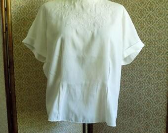 White Vintage 50's Suit Blouse